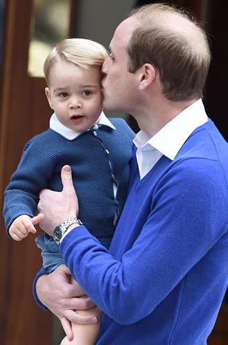 Фото №11 - Самые милые фотографии королевских отцов с детьми