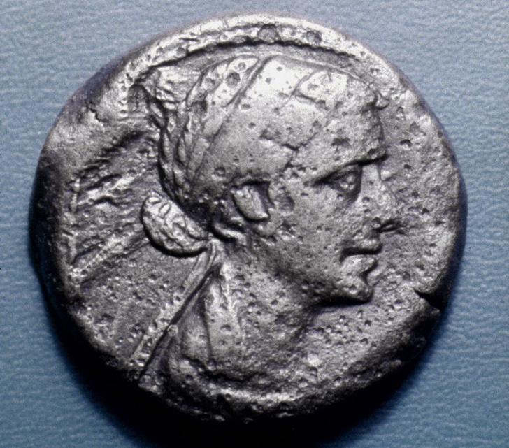 Фото №4 - Роковая женщина: 9 мифов о Клеопатре