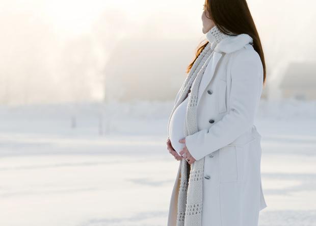 Беременность и зима, чем опасна зима для беременных