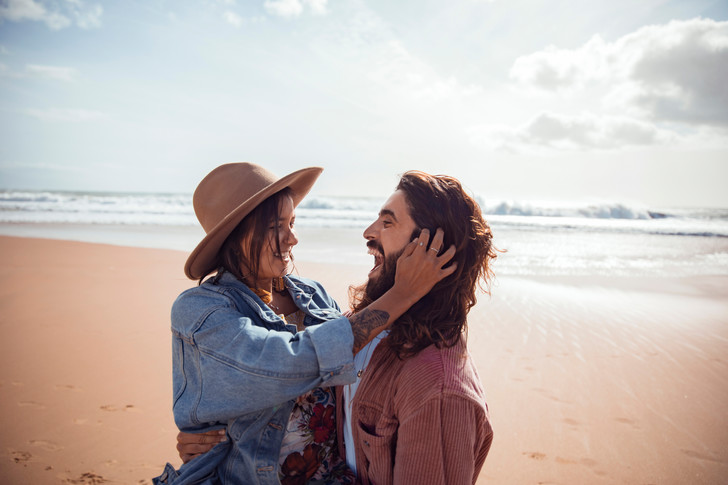 Фото №1 - 16 типов личностей и как они влюбляются: найди себя!