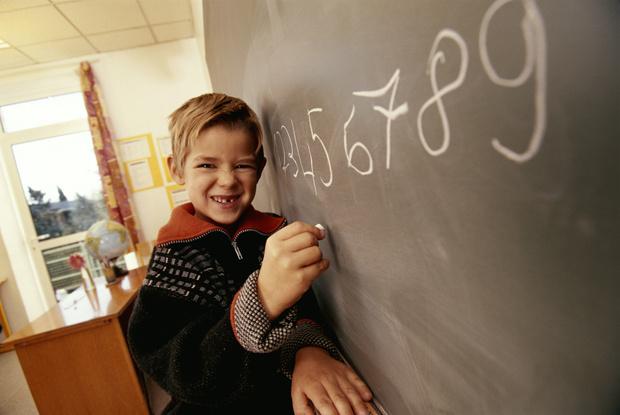 Фото №2 - Пять признаков, что ребенок добьется успеха, несмотря на двойки