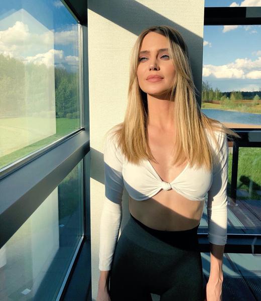 Глюкоза пообщалась с Woman.ru