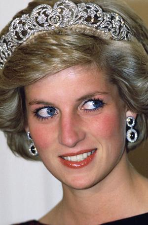 Фото №12 - Прекрасная Диана: главные beauty-приемы принцессы