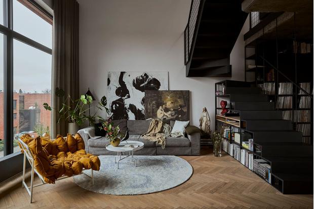 Фото №1 - Эклектичная квартира со спальней в мезонине в Познани