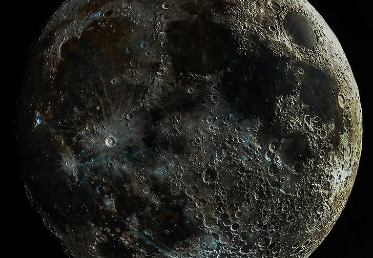 Фото №1 - Парень две недели фотографировал Луну и объединял снимки, чтобы показать ее сумасшедшую текстуру (фото)
