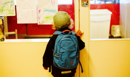 Фото №1 - Роспотребнадзор назвал максимальный вес школьного портфеля