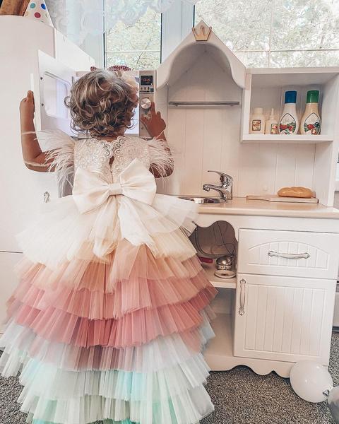 Фото №2 - Кукольный дом: Анна Хилькевич устроила 2-летней дочери день рождения мечты