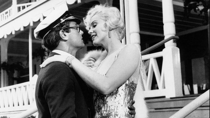 Фото №2 - День черно-белого кино: 6 не только старых фильмов, которые стоят твоего времени