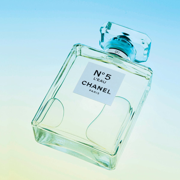 Фото №1 - Ароматы года: Prix International Du Parfum Marie Claire 2017