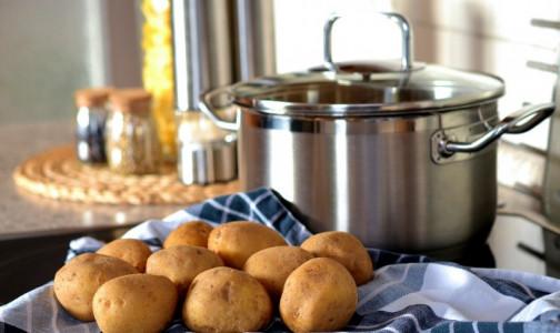 Фото №1 - Опасный второй хлеб. Эндокринологи против варки картофеля «в мундире»