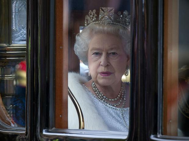 Фото №4 - Определяя эпоху: 5 важных королевских правил, которые изменила Елизавета