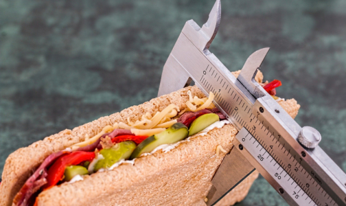 Фото №1 - Эндокринолог назвал самую опасную диету
