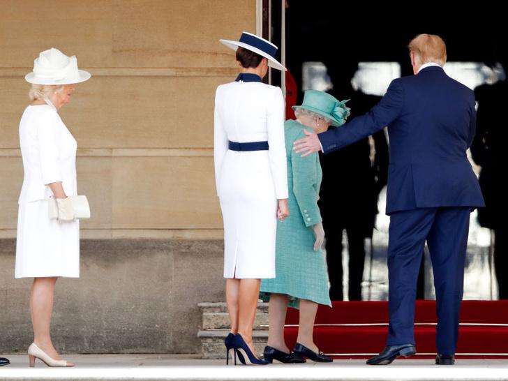 Фото №4 - 5 самых строгих правил королевского протокола, которые (к счастью) остались в прошлом