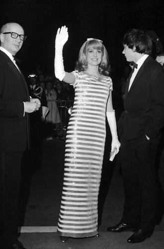 Фото №15 - Войти в историю: 35 культовых платьев Каннского кинофестиваля