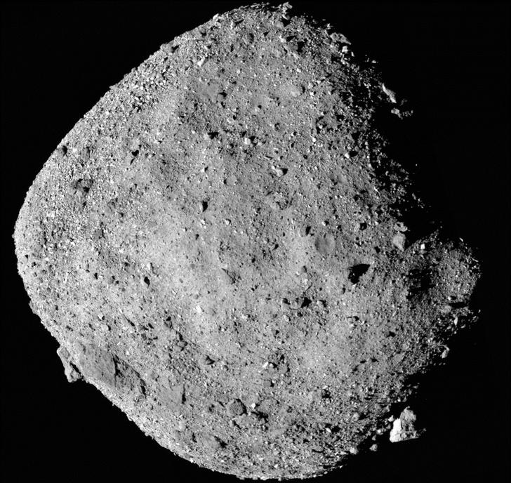 Фото №1 - На астероиде Бенну обнаружены следы воды