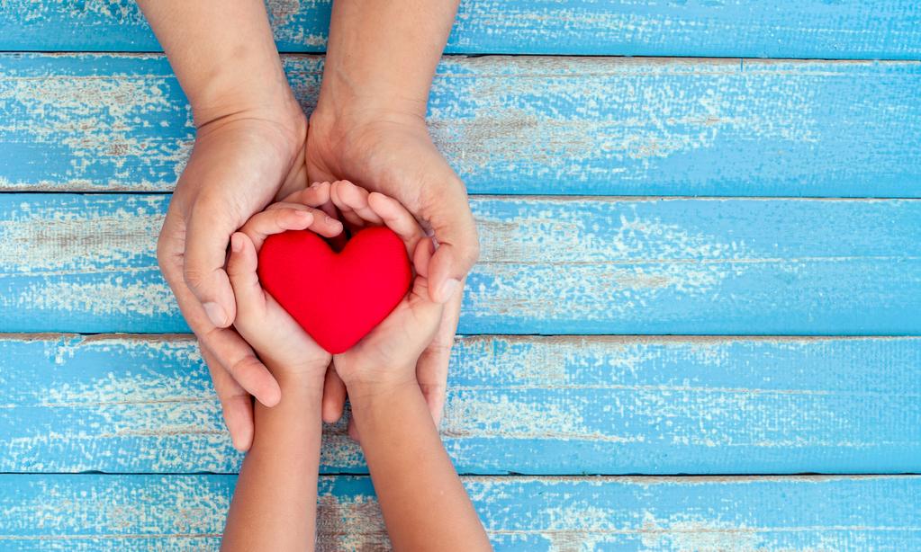 15 игр, которые научат ребенка быть добрым