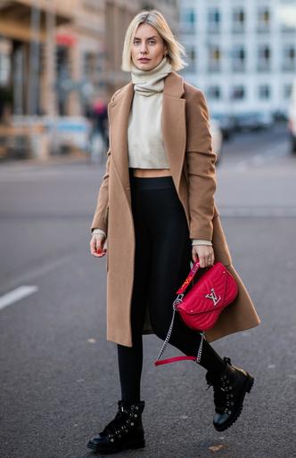 Фото №10 - Модный камбек: с чем носить леггинсы сегодня