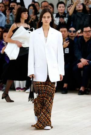 Фото №15 - Не на словах: 5 крутых феминисток мира моды