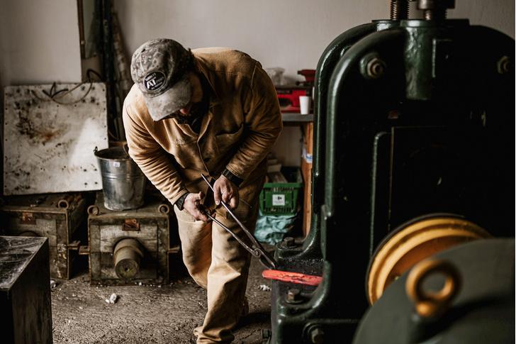 Фото №3 - Достать ножи: как бросить магистратуру и заняться производством кухонных ножей