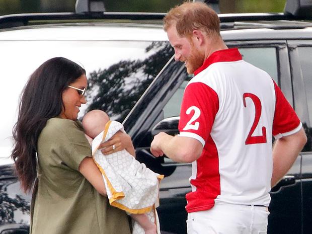 Фото №3 - Чарльзбездушен, а королевская семья— «зоопарк»: Гарри снова обвиняет Виндзоров во всех грехах