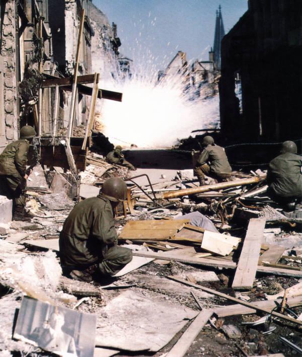 Фото №19 - 22 завораживающих цветных фото Второй мировой