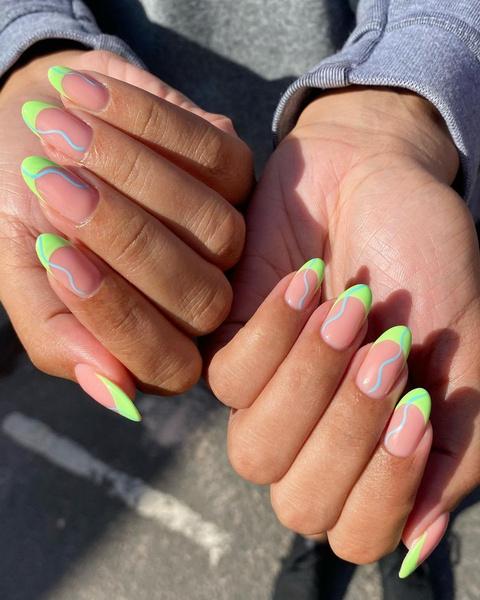 Фото №6 - С каким цветом ногти кажутся длиннее: 10 самых модных маникюров