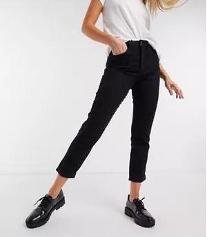 Фото №8 - Fashion-мастхэвы весны-2021: обновляем гардероб в ASOS, чтобы быть в тренде