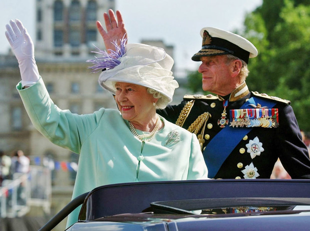 Фото №3 - Почему Королева и принц Филипп не жили вместе