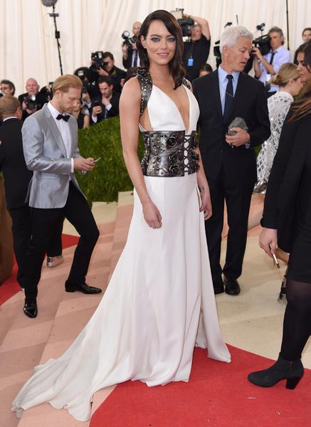Фото №11 - Эмма Стоун: 10 лучших нарядов самой богатой актрисы Голливуда