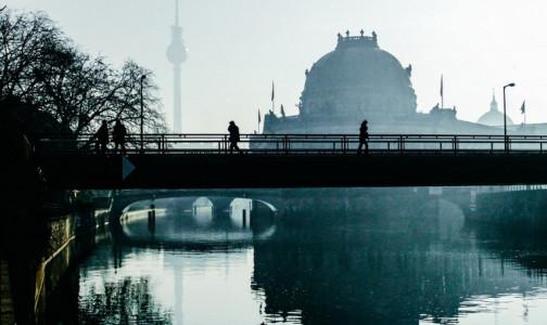Фото №1 - Власти Германии: В стране третья волна коронавируса, но карантинные меры надо постепенно отменять