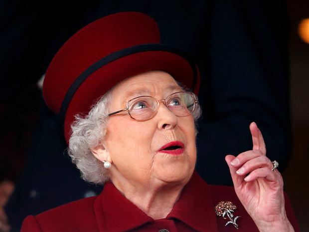 Фото №1 - Странности Короны: почему Елизавета II носит титул герцога Ланкастера (а не герцогини)
