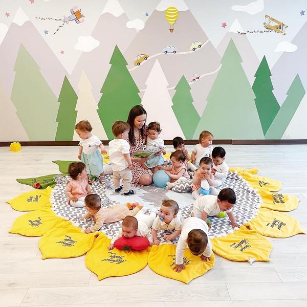 Кристина Озтюрк с детьми