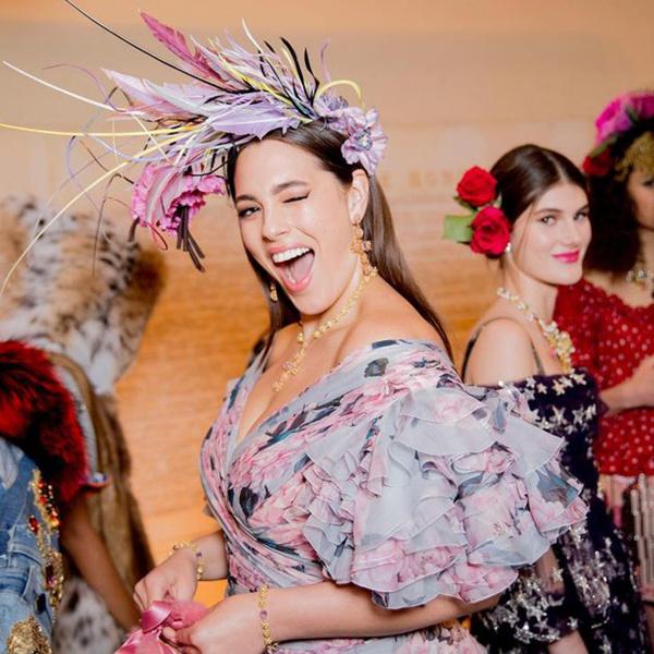 Фото №1 - Только топ-модели: Эшли Грэм, Наоми Кэмпбелл и другие на показе Dolce & Gabbana Alta Moda