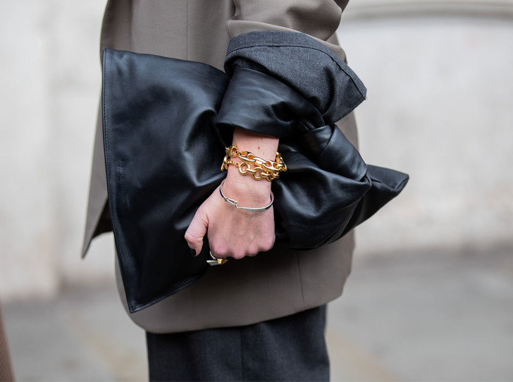 Фото №1 - Стильный микс: как сочетать разные браслеты