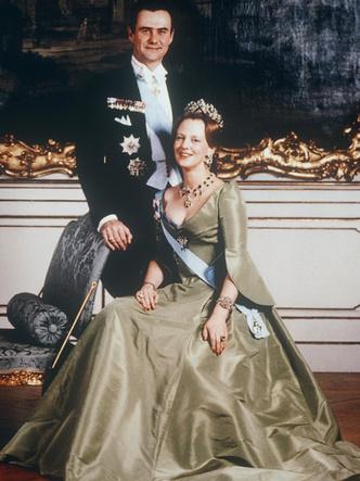 Фото №2 - 5 простых секретов счастливого брака от самых крепких королевских пар