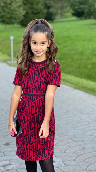 Фото №3 - 12-летняя дочь Бородиной надела платье за 38 000 рублей
