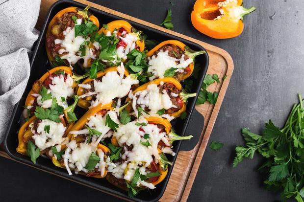 Фото №2 - 6 рецептов вкусных осенних блюд, которые ты можешь приготовить дома
