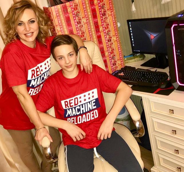 Фото №2 - 15-летний сын Аллы Довлатовой был экстренно госпитализирован