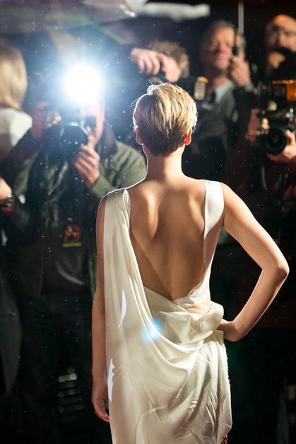 Дженифер Лоуренс (Jennifer Lawrence), премьера, Голодные игры, Лондон, стрижка, Dior