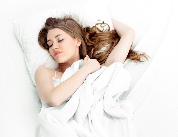 Фото №1 - Психолог рассказал о значении самых распространенных снов