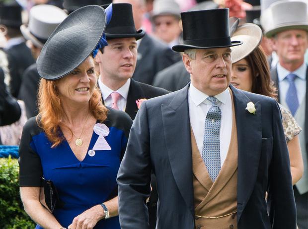 Фото №1 - Могут ли герцог и герцогиня Йоркские стать супругами второй раз?