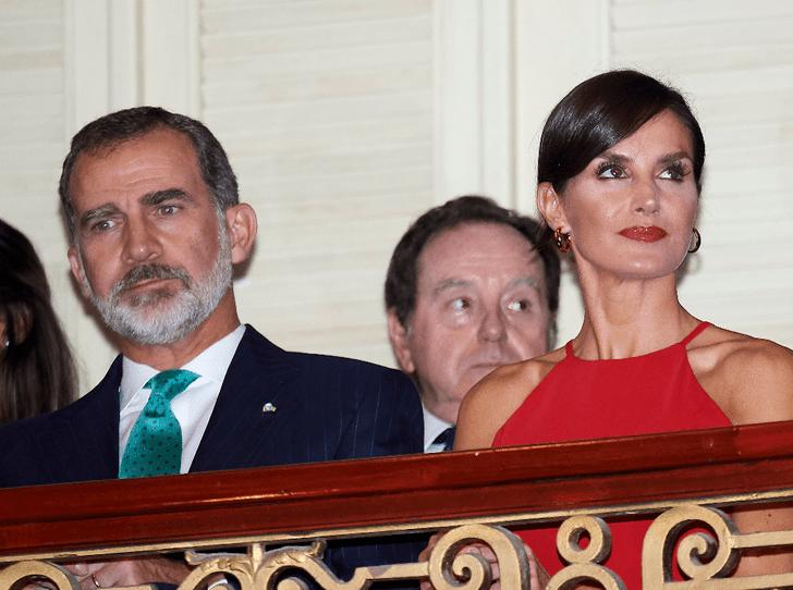 Фото №2 - Испанские монархи совершили исторический визит на Кубу