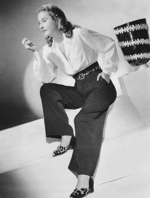 Барбара Стэнвик, 1945 год.