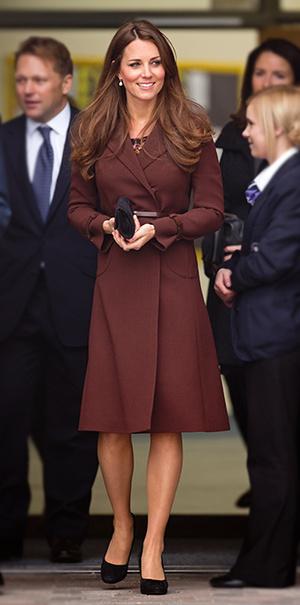 Фото №12 - В модном положении: две беременности герцогини Кембриджской (сравним?)