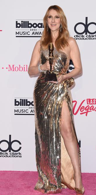 Фото №2 - Модная трансформация Селин Дион: лучшие образы от нового стилиста певицы