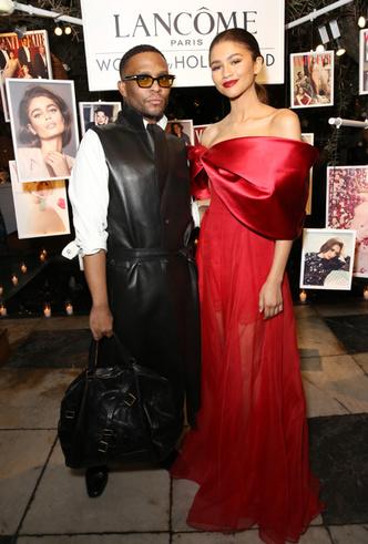 Фото №13 - От Джиджи Хадид до Леди Гаги: кто одевает самых стильных звезд