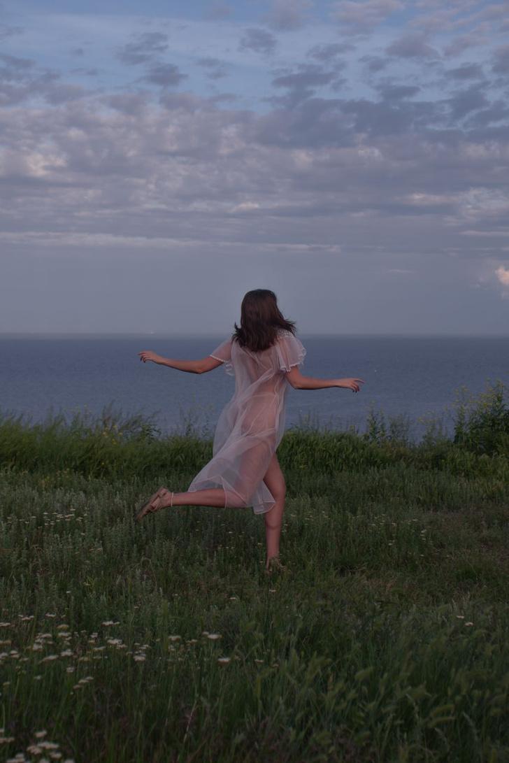 Фото №11 - #Нюдсочетверг: откровенные фотографии самых красивых девушек из «Твиттера». Выпуск 9