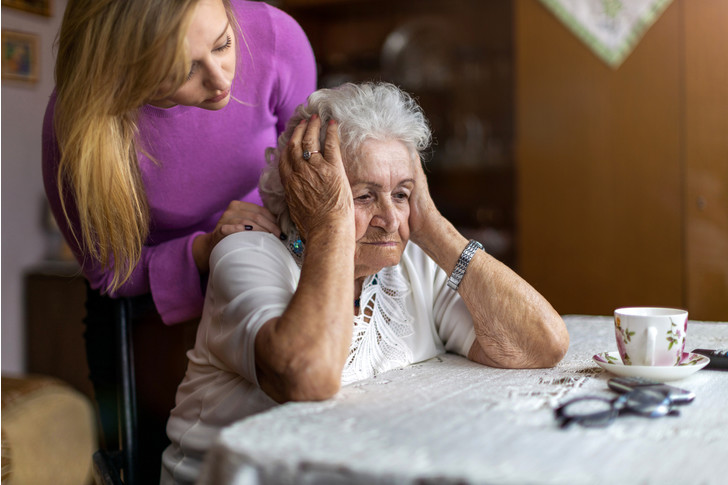 старость одиночество