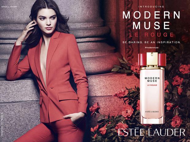 Фото №1 - Кендалл Дженнер в новой рекламной кампании Estee Lauder