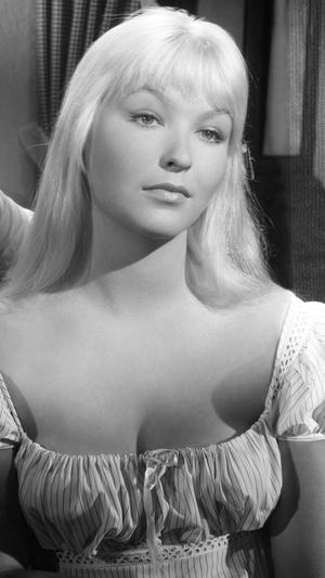 Фото №6 - Тогда и сейчас: как сегодня выглядят самые красивые французские актрисы